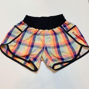 Lululemon 2013 Seawheeze Tracker Shorts Size 4